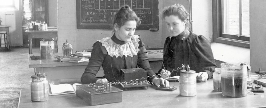Students in the Physics Laboratory in the tower wing of the old Ann Arbor High School. Photo circa 1890s.jpg